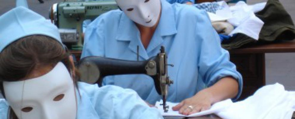 trabajadoras del sector textil - campaña social ropa limpia setem
